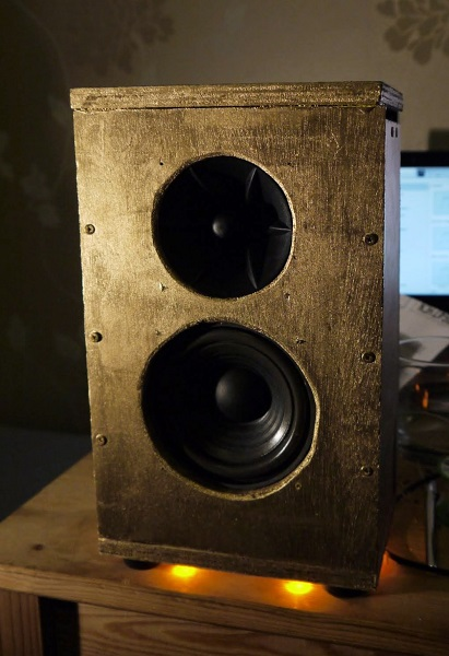Small photo of finished speaker